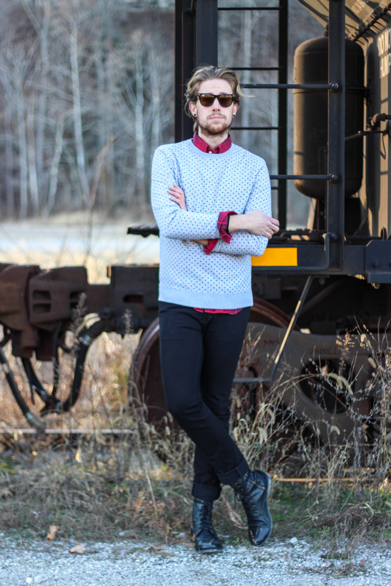 The Kentucky Gent in 21Men Polka Dot Sweatshirt, Just A Cheap Shirt Plaid Shirt, KR3W Black Jeans, Steve Madden Troopah2 Combat Boots, Ray-Ban Wayfarers