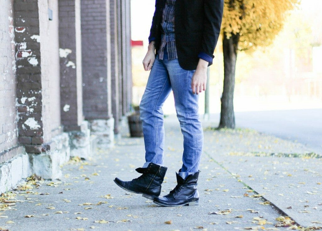 The Kentucky Gent in Zara Blazer, KR3W Button Up, WESC Jeans, Ray-Ban Wayfarers, and Steve Madden Troopah2 Boots