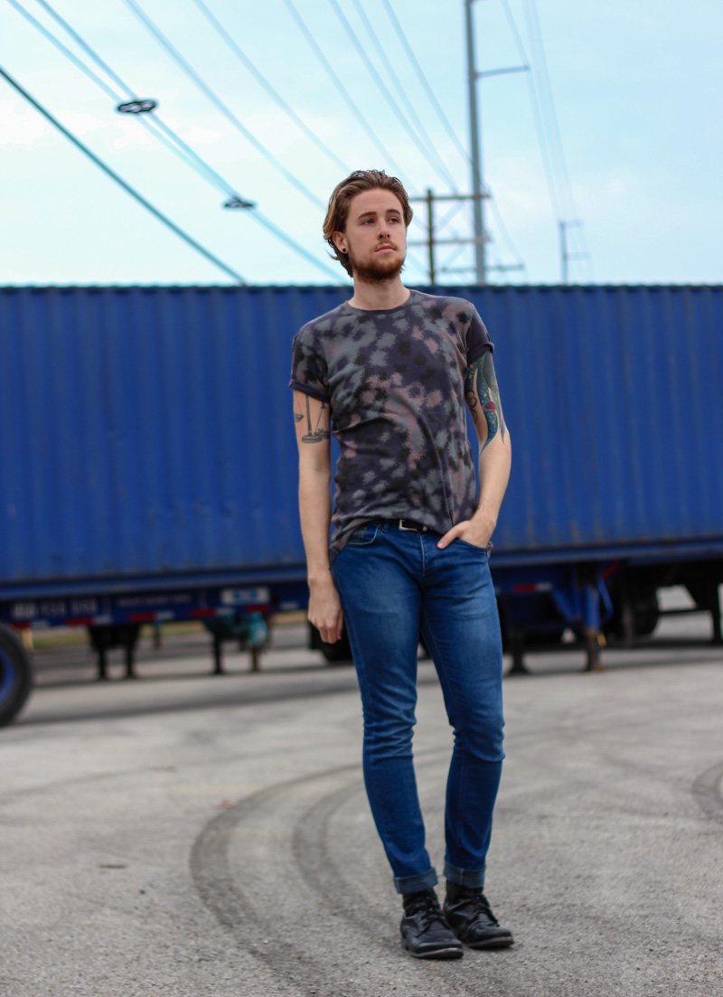 The Kentucky Gent in Marc by Marc Jacobs T-Shirt, Topman Jeans, and Steve Madden Troopah 2 Boots