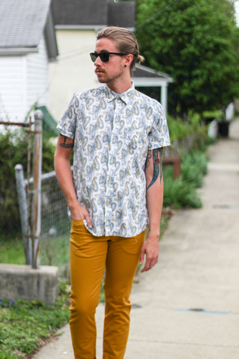 The Kentucky Gent in Kennington Paisley Shirt, H&M Yellow Pants, Zara Sandals, & Ray-Ban Wayfarers