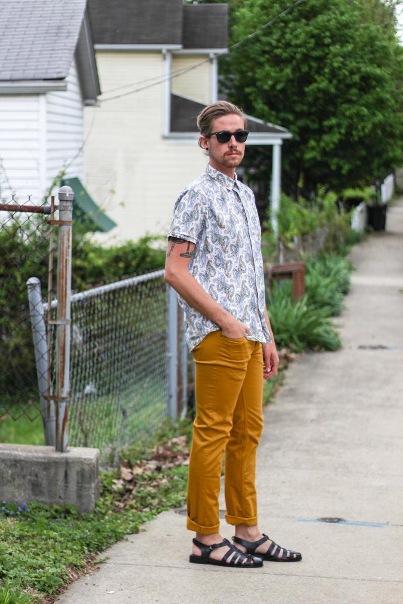 The Kentucky Gent in Kennington Paisley Shirt, H&M Yellow Pants, Zara Sandals, & Ray-Ban Wayfarers