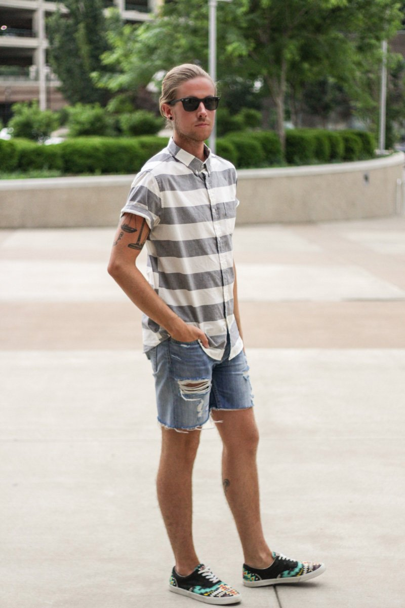 The Kentucky Gent in Aeropostale Striped Short Sleeve Woven, Levi's Cut Off Shorts, Ray-Ban Wayfarers, and Bucketfeet Aztec Print Sneakers.