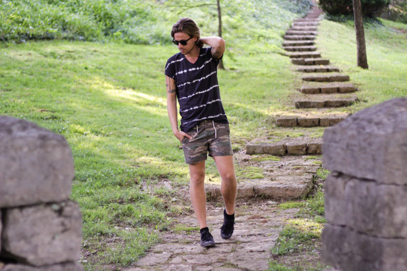 The Kentucky Gent in Aeropostale Tie Dye V-Neck T-Shirt, Topman Camo Shorts, Ray-Ban Wayfarers, and Converse Chuck Taylors.