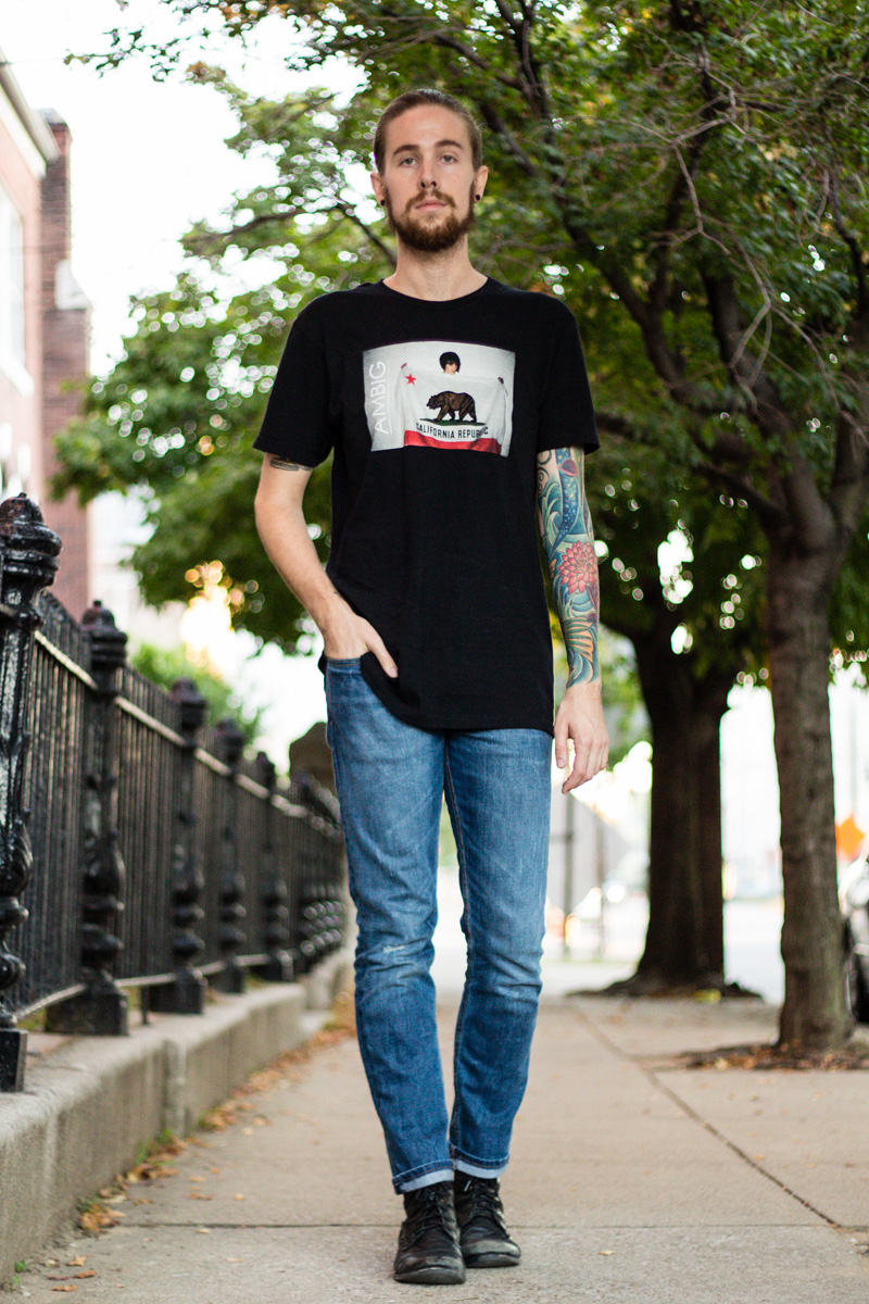 The Kentucky Gent, a men's fashion and life style blogger, in Ambig Clothing California Republic T-Shirt, Levi's 511 Jeans, and Steve Madden Troopah Boots.