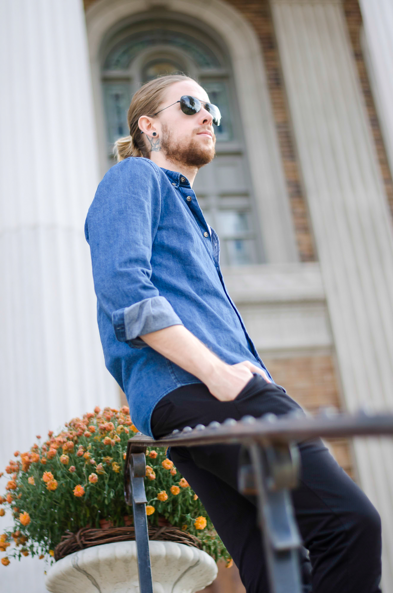 The Kentucky Gent, a Louisville, Kentucky blogger, in American Apparel Baseball Tee, H&M Denim Shirt, Zanerobe Mesh Joggers, Converse Chuck Taylors, and Ray-Ban Aviators.