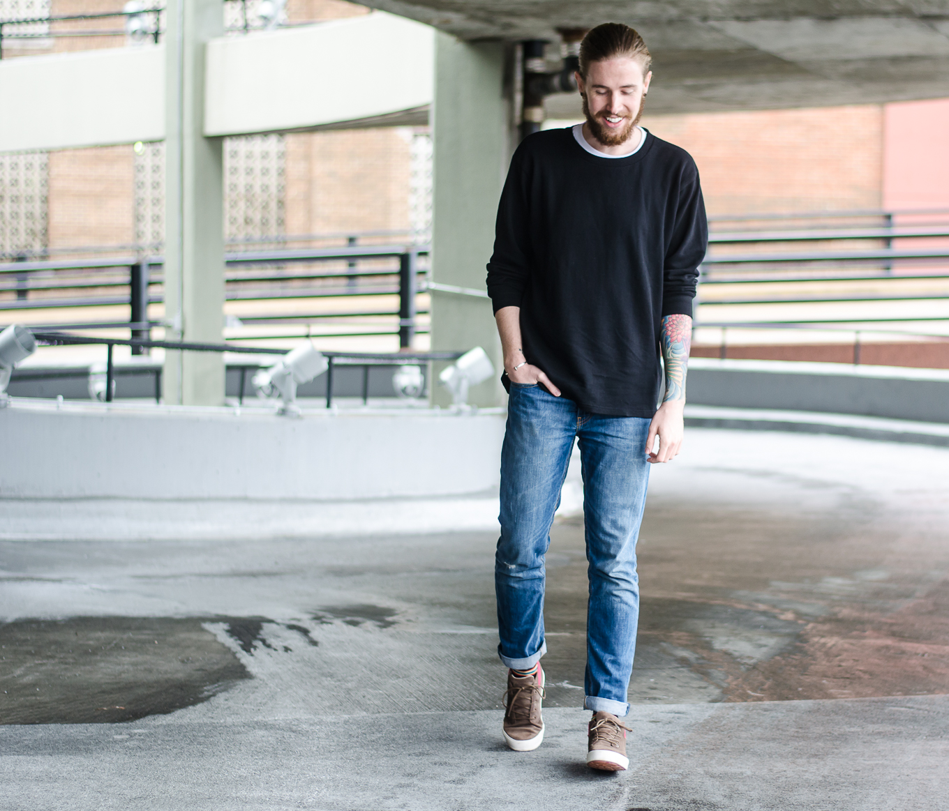 The Kentucky Gent, a Louisville, Kentucky based men's fashion and lifestyle blogger, shares his capsule wardrobe on thekentuckygent.com.