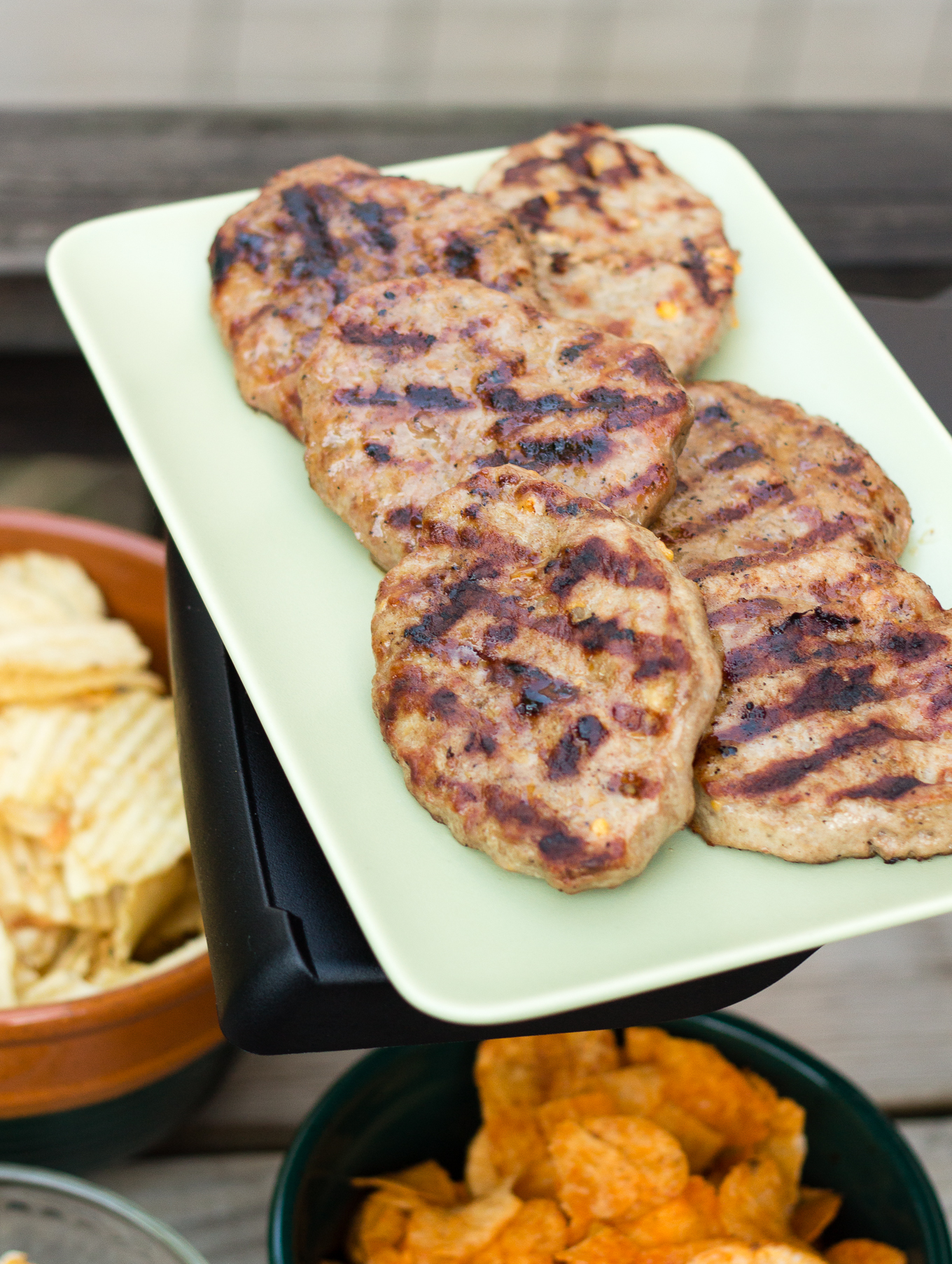 johnsonsville, johnsonville grillers, summer grilling, how to grill, social stars