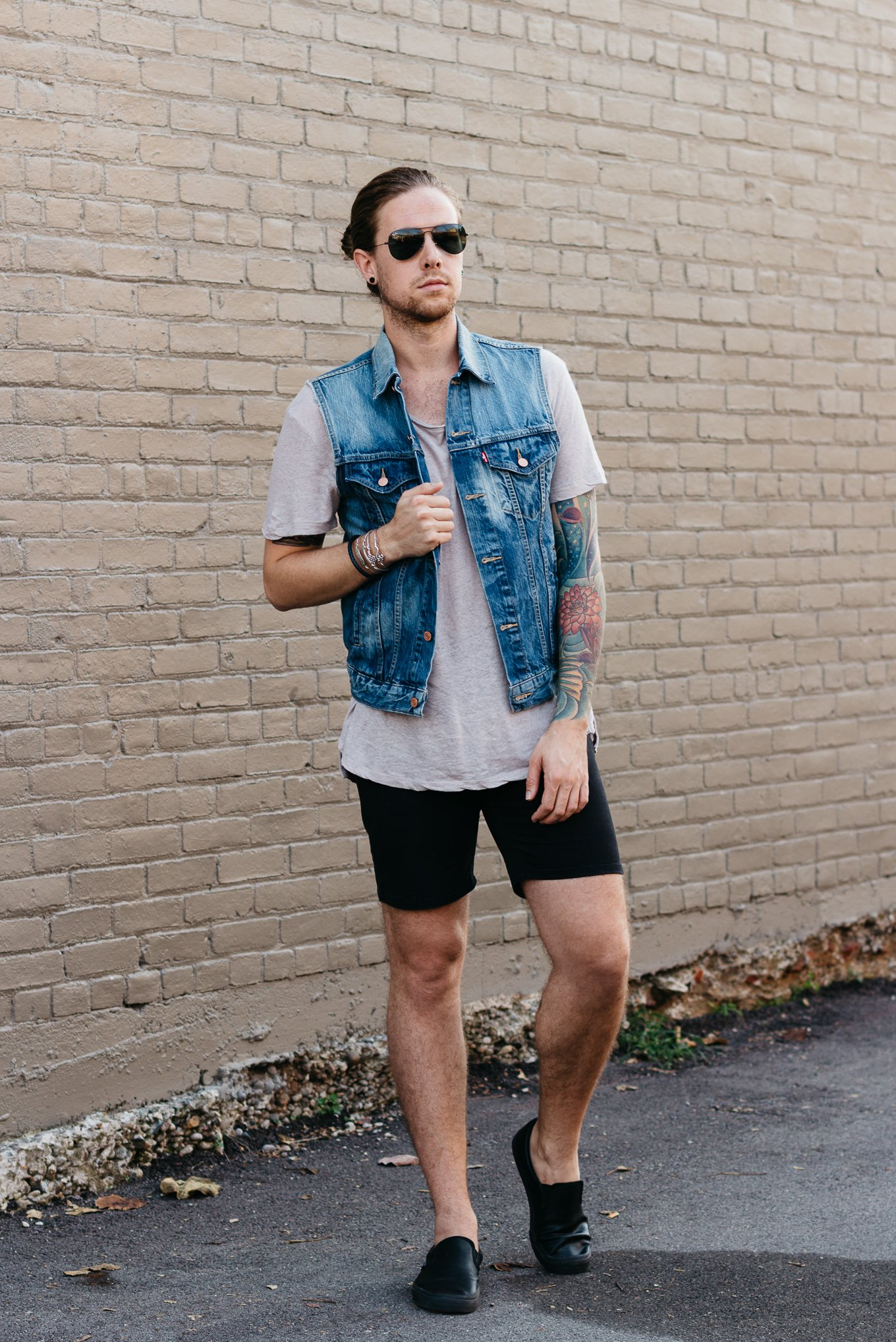 urban outfitters, mens oversized tee, obey clothing, vans slip on shoes, mens fall fashion, indian summer