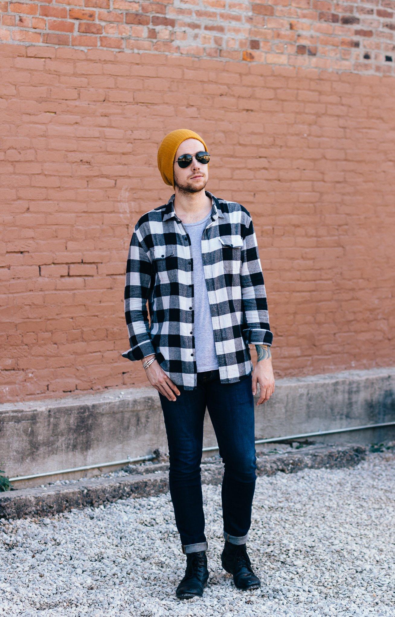 urban outfitters, mens plaid shirts, how to dress like a lumbersexual, mens fall fashion, mens fall fashion blogger