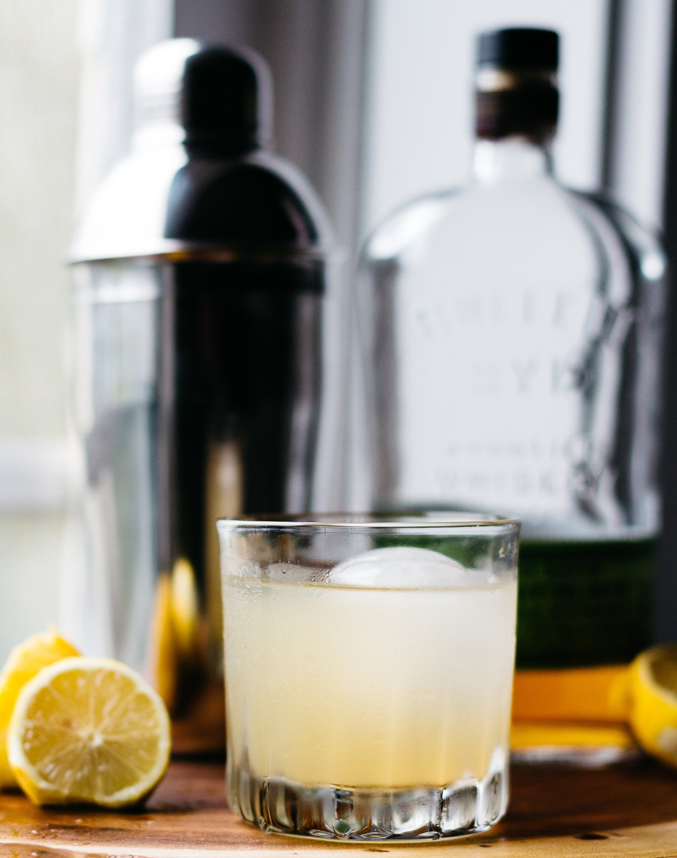 bourbon cocktail, craft cocktail, how to make a gold rush, hot toddy recipe