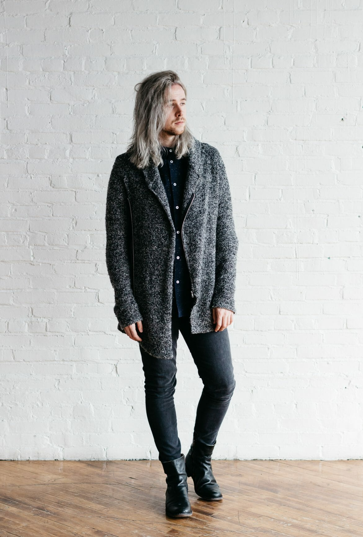 mens black and gray outfits, how to wear black and gray together, what to wear to fashion week