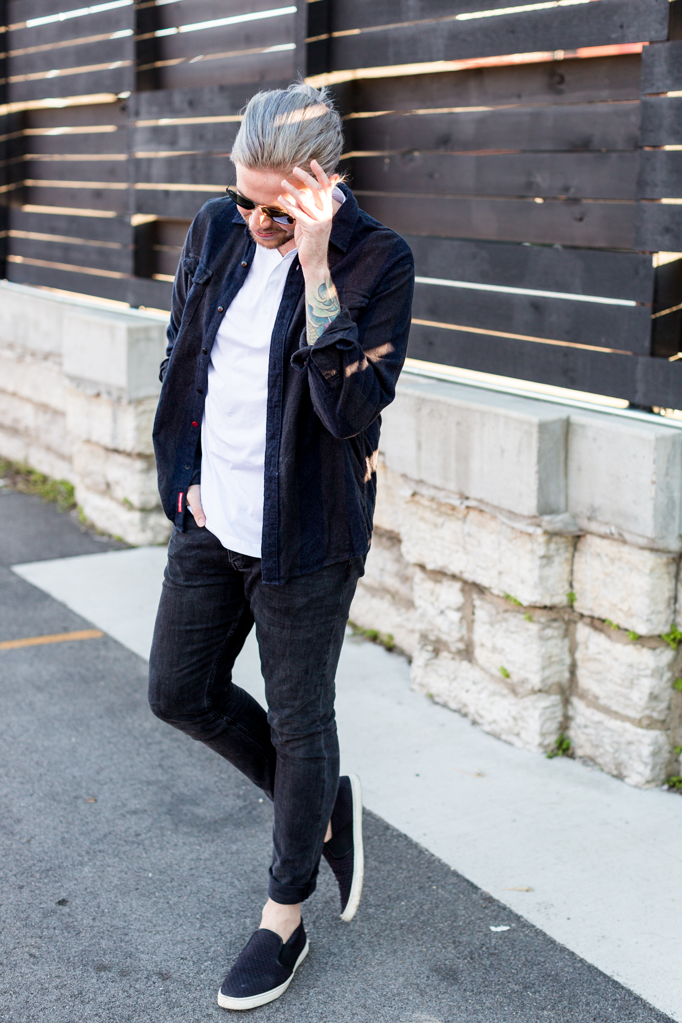 louisville blogger, kentucky fashion blog, katin clothing, clarks slip on shoes