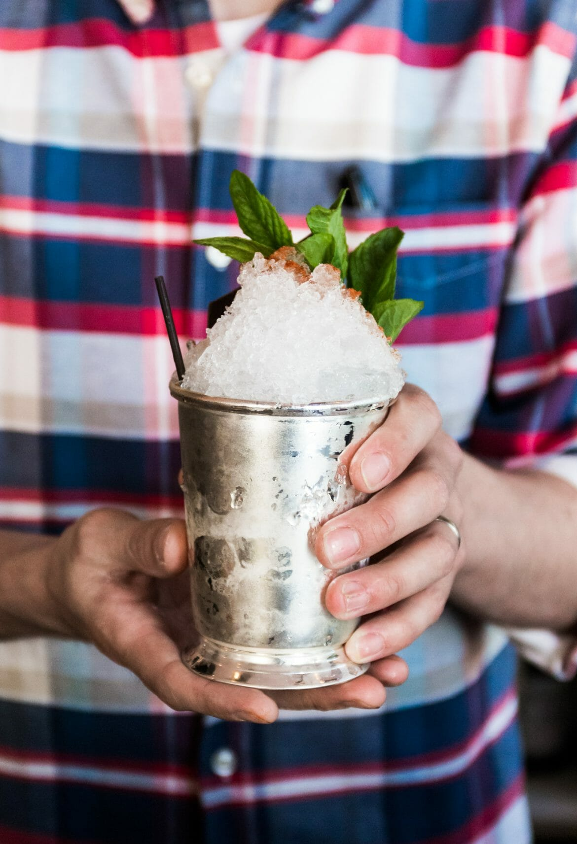 the kentucky derby, how to do derby like a local, where to eat for derby, the kentucky gent