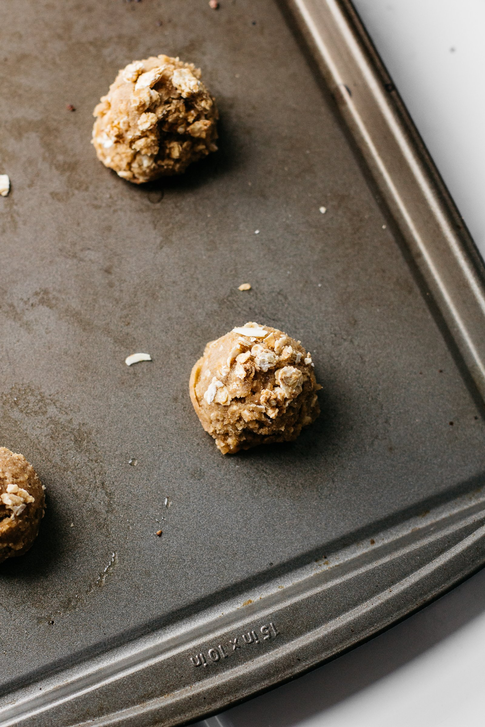 quaker simply granola, quaker oatmeal cookies, oatmeal cookie recipe, southern baking blog, mens baking blog