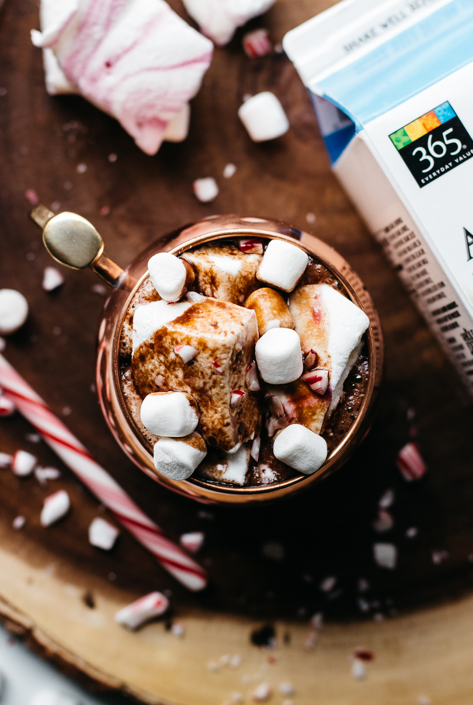 #myholidaytradish, peppermint hot cocoa, homemade cocoa recipe, how to make cocoa at home, lifestyle blog