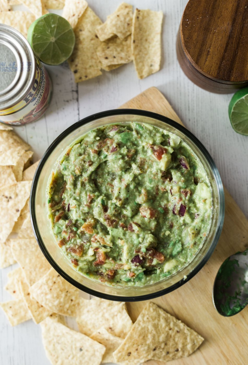 spicy guacamole recipe, guacamole recipe, lifestyle blog, memorial day party tips, recipes with RO*TEL