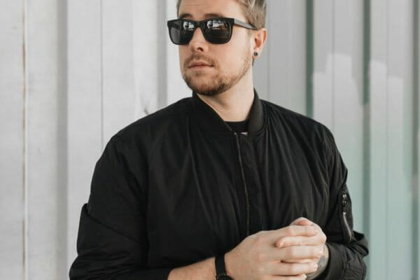 black wary parker sunglasses